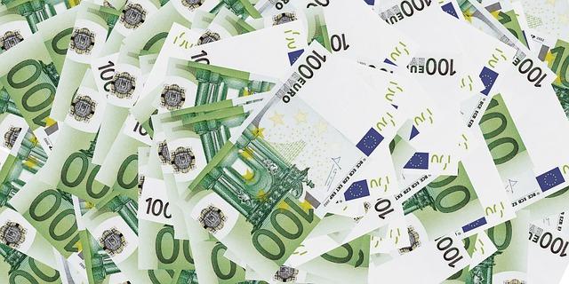 Banche: 70% sofferenze legate a grandi prestiti non rimborsati