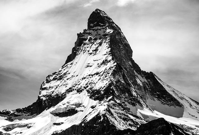 Nasce ReStartAlp, incubatore per giovani imprese sulle Alpi