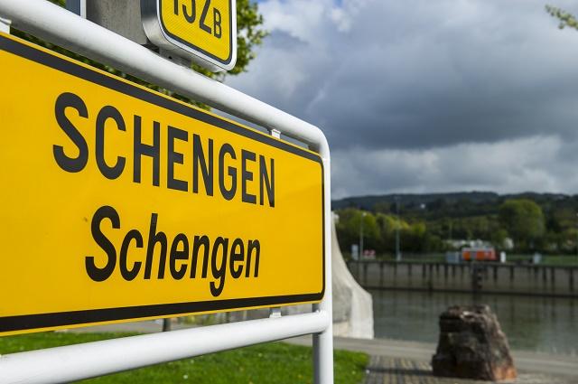 Senza Schengen costi fino a 10 miliardi