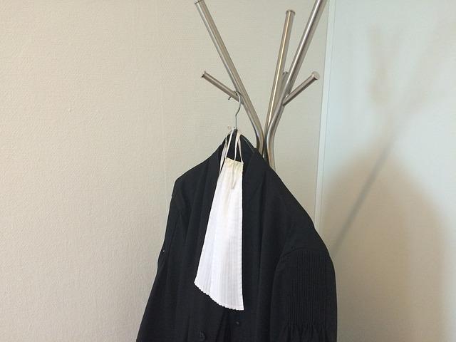 Rapporto Censis sull'avvocatura: una professione ancora prestigiosa penalizzata dalla sfiducia nella giustizia