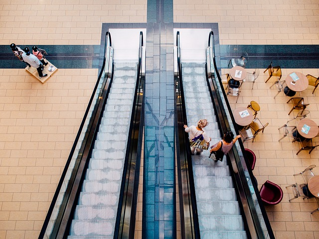 Indicatore Consumi Confcommercio: ripresa senza slancio