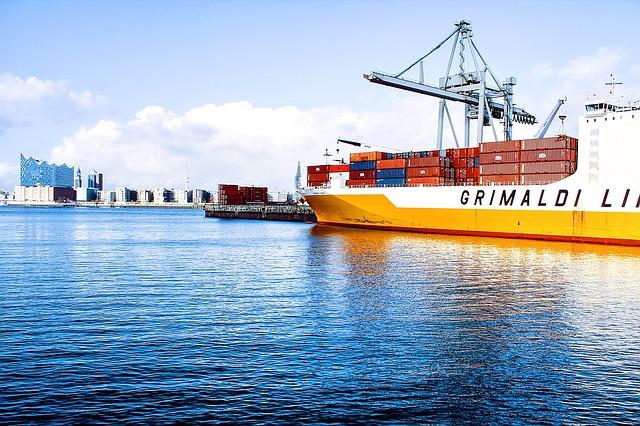 Commercio estero e prezzi all'import in calo