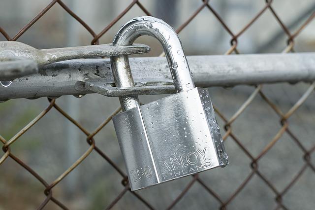 lock-1079329_640