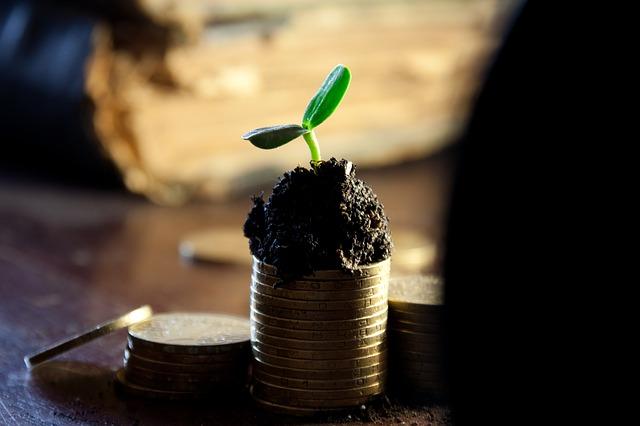 Stipendi: a marzo aumento dello 0,8% rispetto al 2015