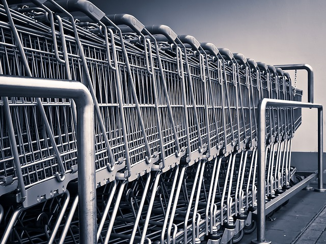 Indicatore Consumi Confcommercio: ripresa discontinua