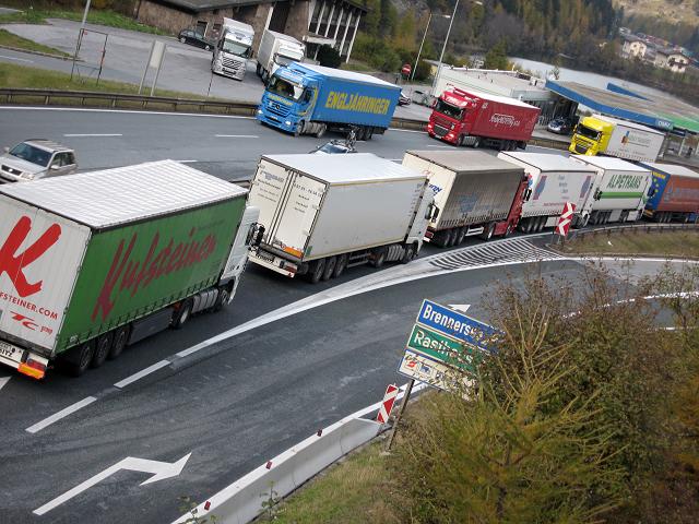 Controlli alle frontiere: penalizzato l'export dei distretti industriali della pedemontana lombardo-veneta