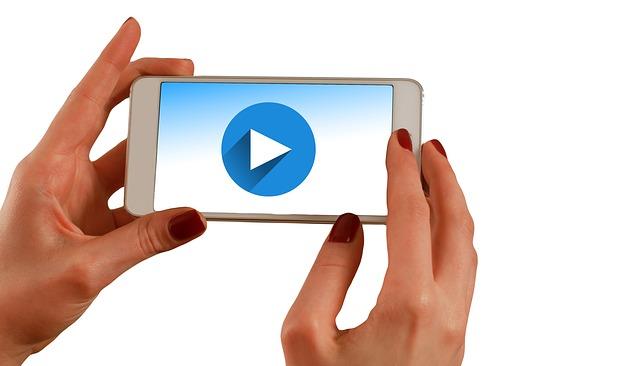 3 social news di settimana, in 5 minuti: Periscope, Facebook e Instagram