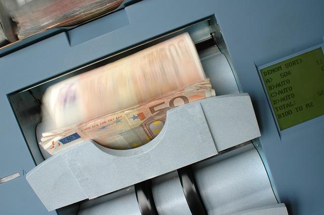 Banche: sofferenze lorde a 198 miliardi (+3%), nette a 84 miliardi (+2%)