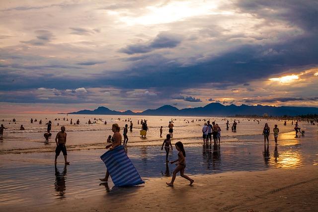 Turismo, Confesercenti Swg: «36 milioni di italiani in movimento per le vacanze estive»