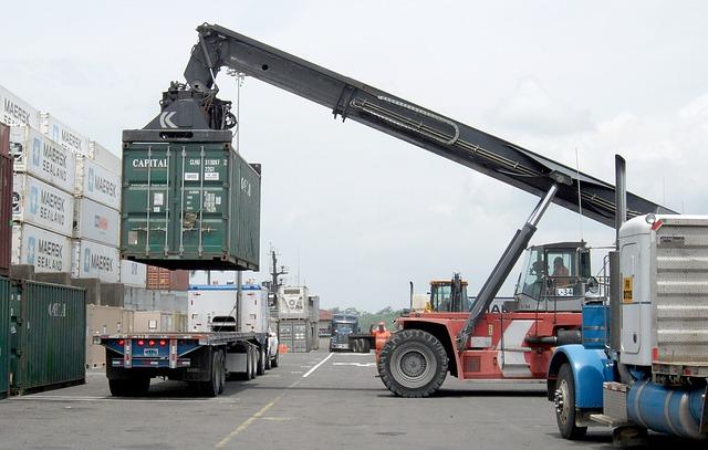 Dati positivi per il commercio estero ad aprile