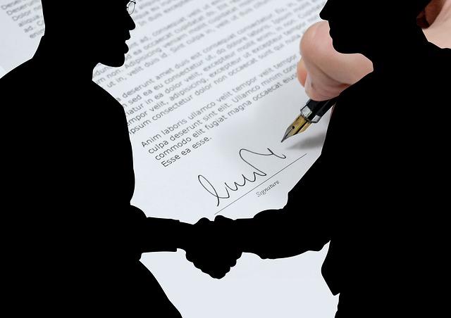 Cessione di azienda: successione nei contratti