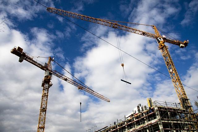 Permessi di costruire: crollo del residenziale