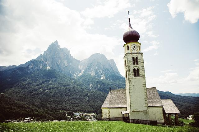 Bolzano, incentivi alle imprese per consulenza e formazione