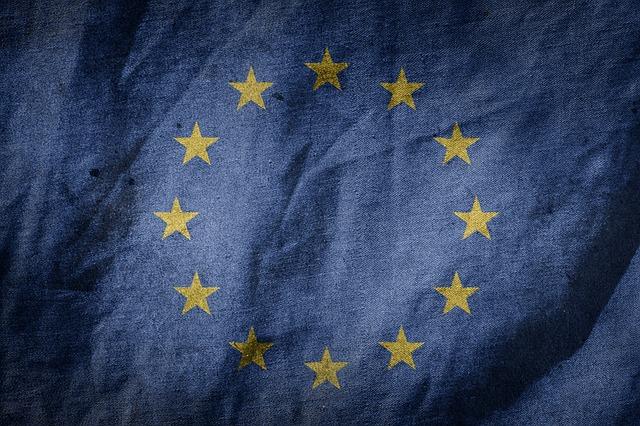 Rallenta la crescita del manifatturiero dell'eurozona all'inizio del terzo trimestre