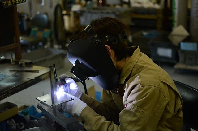 Rallenta il manifatturiero italiano