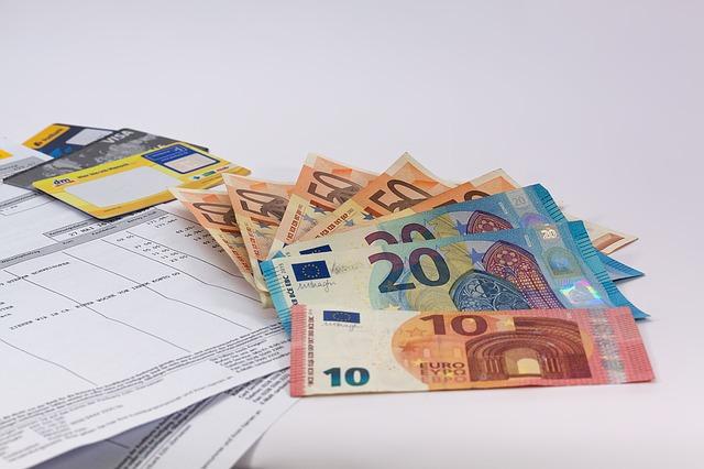Banche: i clienti italiani sono i più tartassati d'Europa
