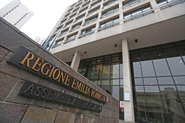 Dalla Regione 7 milioni di euro a 252 piccole medie-imprese dell'Emilia-Romagna che puntano ai mercati esteri