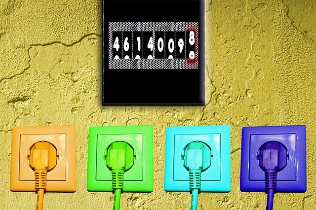 Indice costo Energia Confcommercio IV Trimestre: per le imprese l'elettricità è meno cara, in rialzo il gas