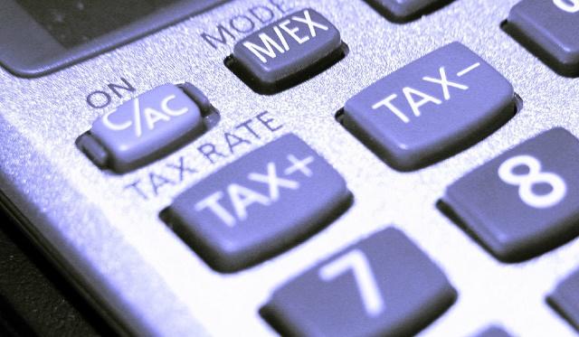 In ambito tributario è escluso che la tassazione possa investire oggetti e soggetti non espressamente previsti