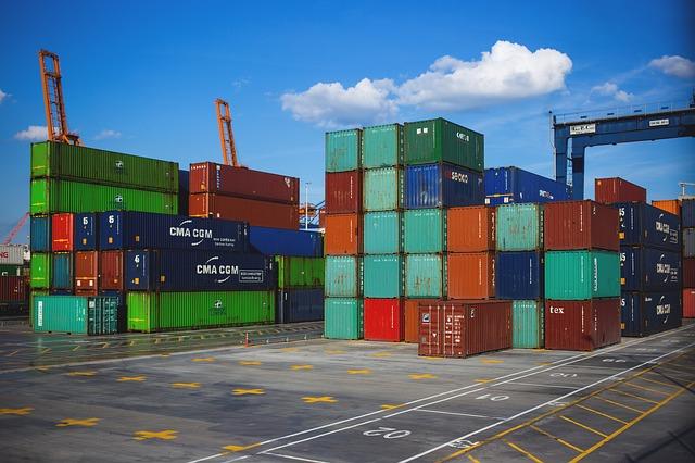 Commercio estero extra Ue. Calano le esportazioni, in aumento le importazioni