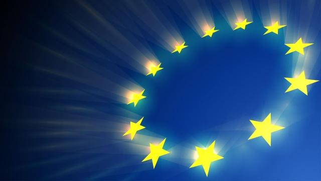 Ad ottobre accelera l'espansione del settore manifatturiero dell'eurozona