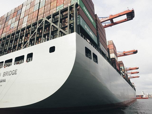 Commercio estero: in diminuzione entrambi i flussi