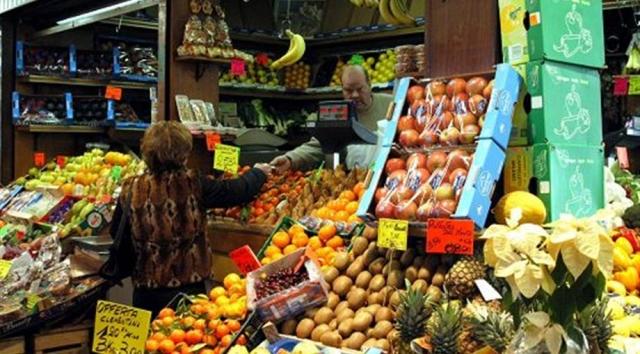 In Italia torna la deflazione
