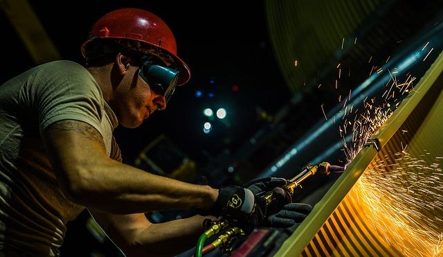 """Produzione industriale: è """"calma piatta"""""""