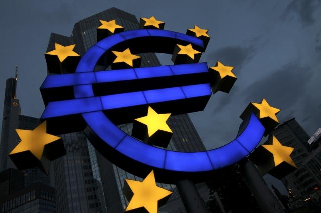 A novembre, la crescita dell'eurozona accelera e tocca il record su 11 mesi