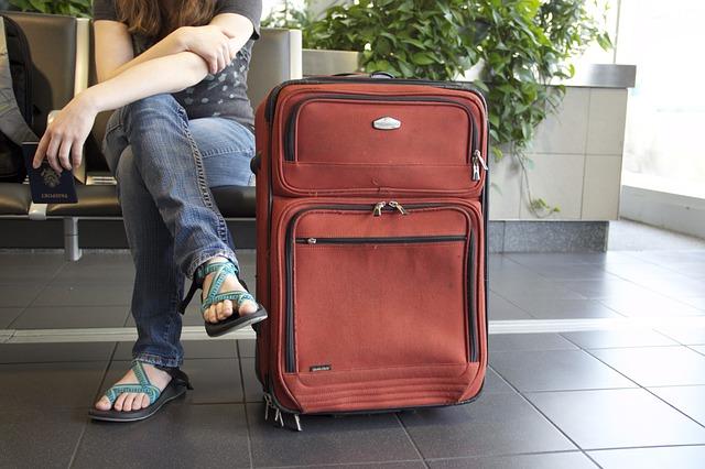 Sempre più italiani migrano all'estero