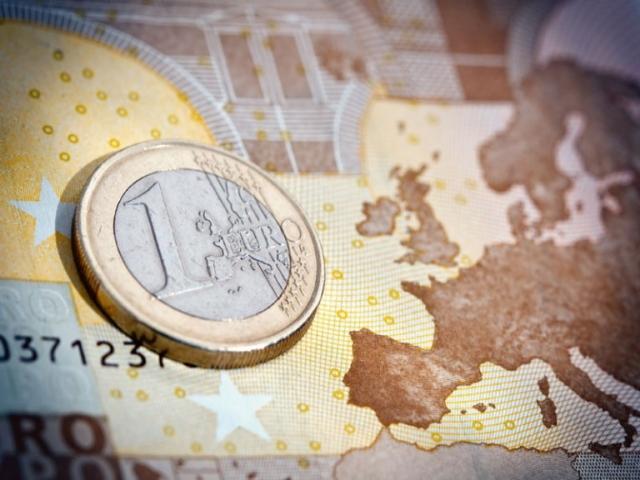 Markit Flash PMI: alti i valori dell'eurozona a fine anno con crescita record del manifatturiero