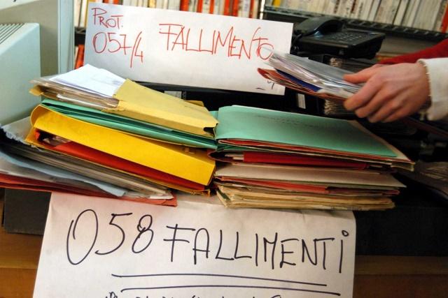 Per dichiarare il fallimento il giudice può motivatamente non tenere conto dei bilanci depositati tardivamente