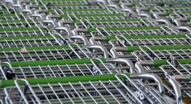 Veneto, vendite al dettaglio: nel 2016 rallentano i consumi. Crescita media +1,2%, chiudono sempre più negozi
