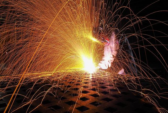Crescita al tasso più veloce in sei anni per la produzione manifatturiera italiana