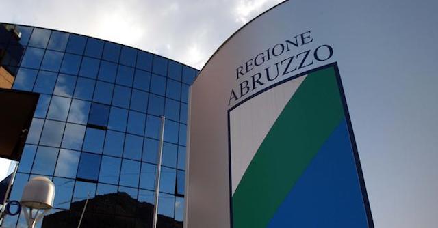 """Abruzzo, il bando """"Formazione per la crescita"""""""