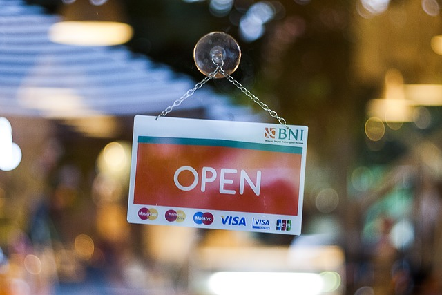 Commercio, il 62% degli italiani favorevole a limitare le aperture nei giorni di festa