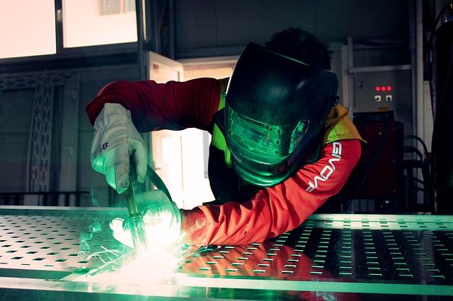 Turchia: produzione industriale accelera in marzo