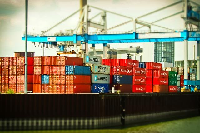Commercio estero extra Ue in crescita