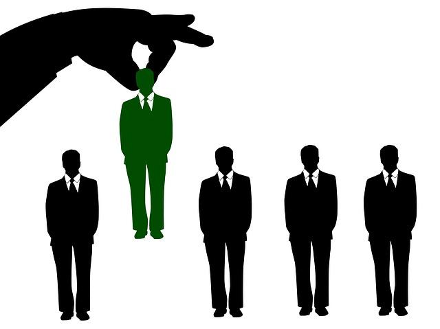 Boom di assunzioni e crescita tendenziale dei contratti a tempo indeterminato