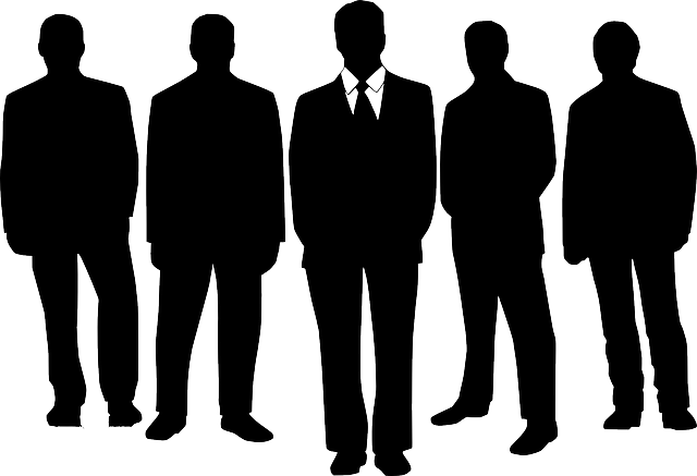 Imprese: nell'ultimo anno calano le società di persone (-2,2%) ed aumentano quelle di capitale (+3,4%). Dal 2008 flessione per snc (-20%) e sas (-11%), incremento per le srl (+11%)