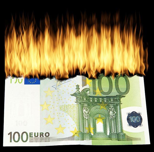 PA: gli sprechi salgono a quasi 29 miliardi di euro