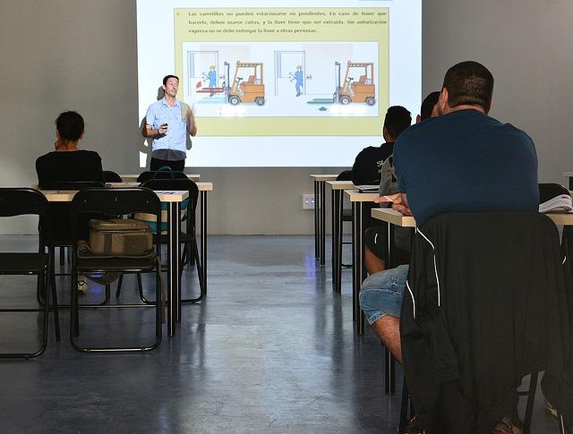 Istruzione e Formazione Professionale: è la prima scelta per 4 studenti su 10 tra chi prosegue gli studi