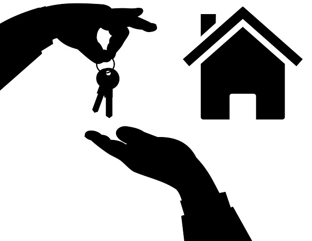 Immobiliare, rallenta la crescita del mercato delle abitazioni (+1,5%), +5,5% per negozi e uffici, +14,4% per il settore produttivo