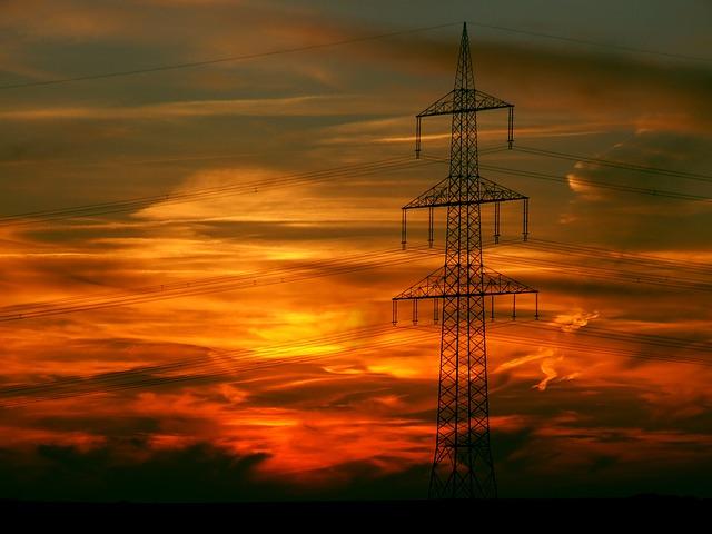 Indice Costo Energia di Confcommercio: per le imprese del terziario nel 1° trimestre spesa elettrica +2,3% e gas +8,8%