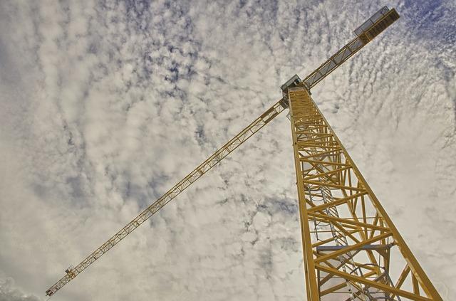 Produzione nelle costruzioni in calo e costi di costruzione in aumento