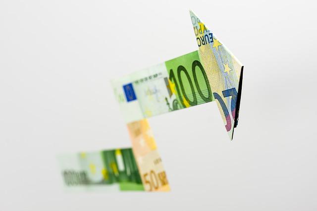 A febbraio la crescita economica dell'eurozona resta elevata