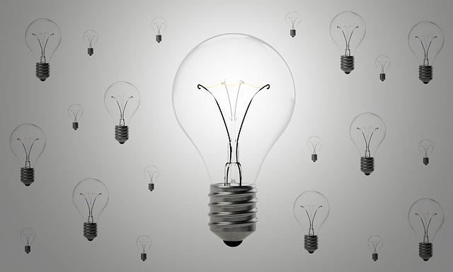 Indice Costo Energia di Confcommercio: nel 2° trimestre calano elettricità e gas per le imprese del terziario