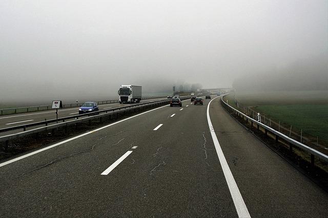 Traffico: a Nordest corre il 60% dei Tir in più che a Nordovest