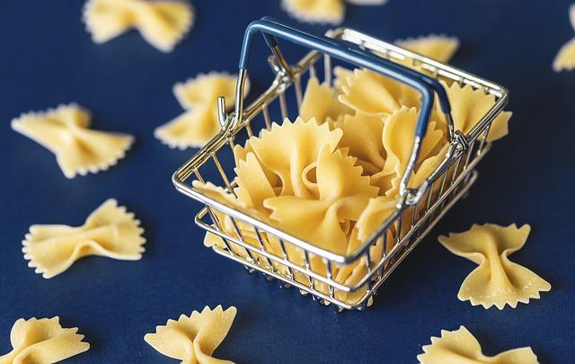 Pasta, l'Italia resta primo produttore ma crescono i competitor. Consumi interni in leggero calo, export fattore trainante con il 58% della produzione