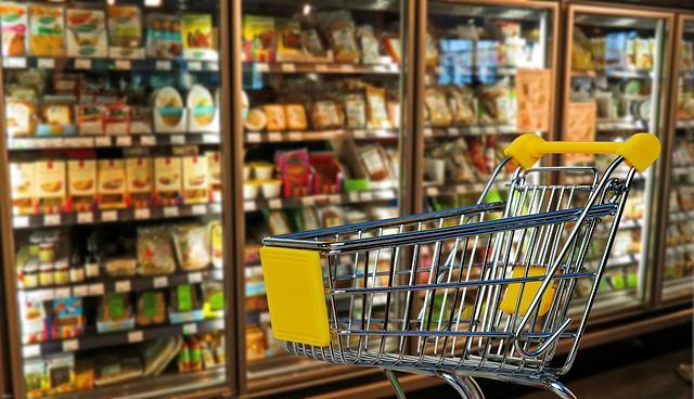 Commercio: Unimpresa, 6 famiglie su 10 al discount per risparmiare